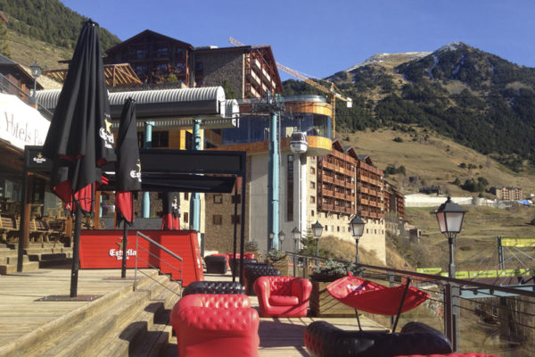 4 Estrella Damm Lounge Andorra.
