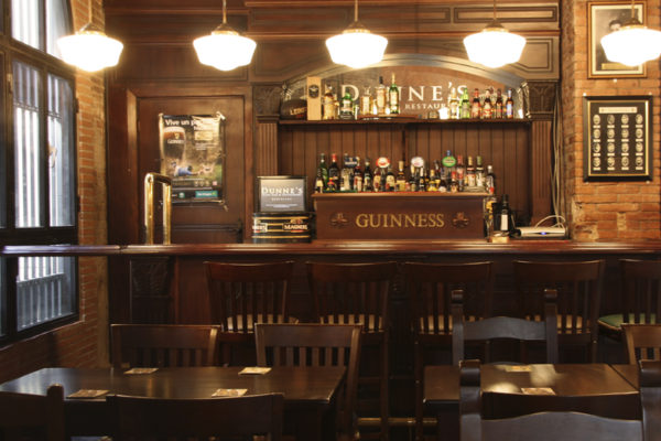 IRISH PUB DUNNES
